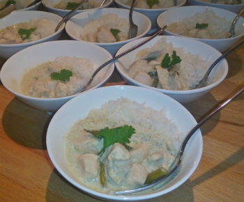 Thai chicken curry small